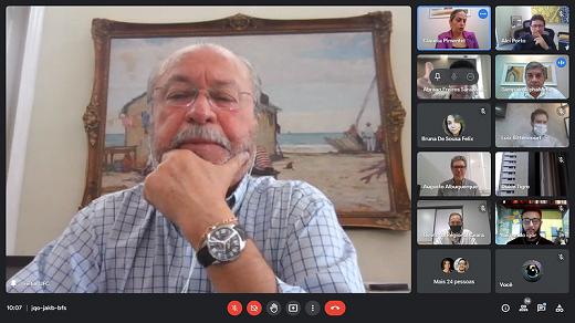 Imagem: print de tela do reitor Cândido Albuquerque durante o evento on-line