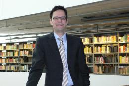 Imagem: O bibliotecário Klaus Ulrich Werner, diretor da Biblioteca Filológica da Universidade Livre de Berlim (Foto: Divulgação)