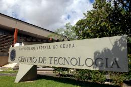 Imagem: Fachada do Centro de Tecnologia, no Campus do Pici