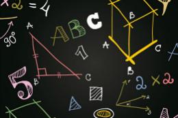 Imagem: Números e contas de matemáticas simples em quadro negro