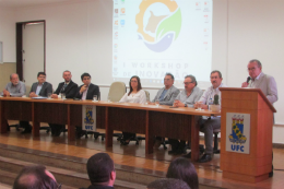 Imagem: O Prof. Henry Campos lembrou que o CCA tem tradição tanto na pesquisa como na busca da internacionalização (Foto: Divulgação/CCA)