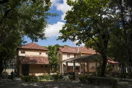 Imagem: As Casas de Cultura Estrangeira estão sediadas no Campus do Benfica (Foto: Viktor Braga/UFC)