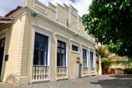 Imagem: Fachada da Casa Amarela