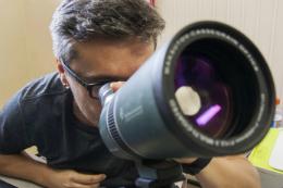 Imagem: Prof. Daniel Brito, do Departamento de Física, é um dos cientistas envolvidos na descoberta (Foto: Ribamar Neto/UFC)