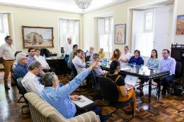 Imagem: O comitê de gerenciamento de crise estará discutindo medidas para casos específicos, que devem ser informadas nos próximos dias (Foto: Viktor Braga)
